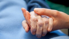 טיפול פליאטיבי משפר את מצבם של קשישים (אילוסטרציה)